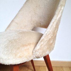 chaise conférence moumoute