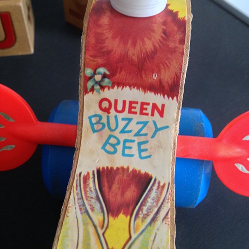 Queen buzzy bee Fisher Price Toys