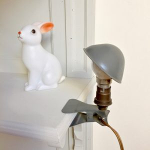 Lampe pince grise