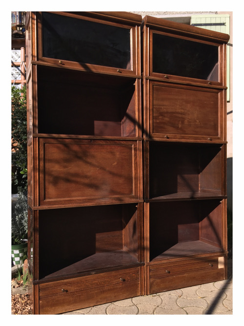d capage d 39 une biblioth que md brocanteandco boutique. Black Bedroom Furniture Sets. Home Design Ideas