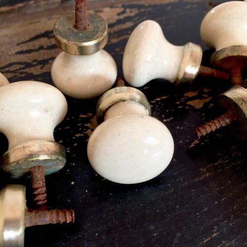Anciens boutons porcelaine