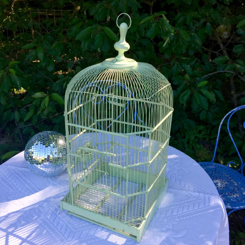 grande cage oiseaux brocanteandco boutique en ligne de brocante. Black Bedroom Furniture Sets. Home Design Ideas
