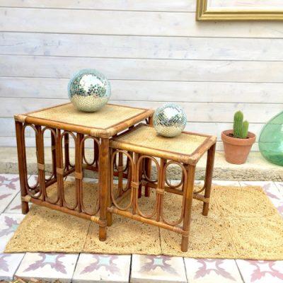 Tables gigognes en rotin