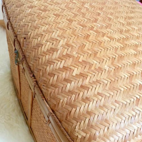 malle en osier brocanteandco boutique en ligne de brocante. Black Bedroom Furniture Sets. Home Design Ideas