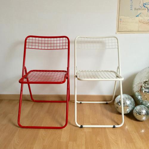 Chaises pliantes en métal