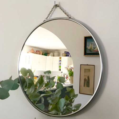 Miroir de barbier rond brocanteandco boutique en ligne de brocante for Miroir de barbier