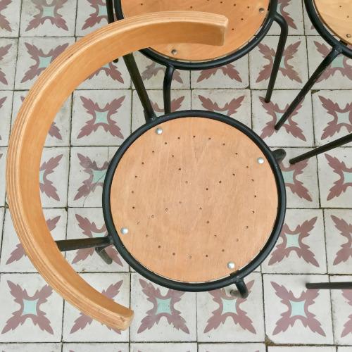 Chaises métal et bois
