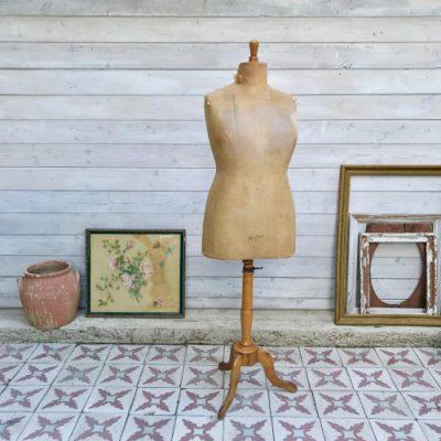 Mannequin de couture Juvenia