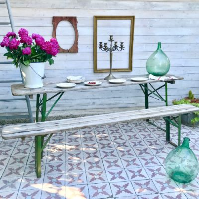 Table et banc de guinguette
