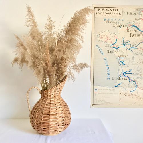 Vase pichet en osier