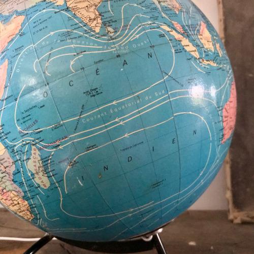 Globe terrestre lumineux Taride