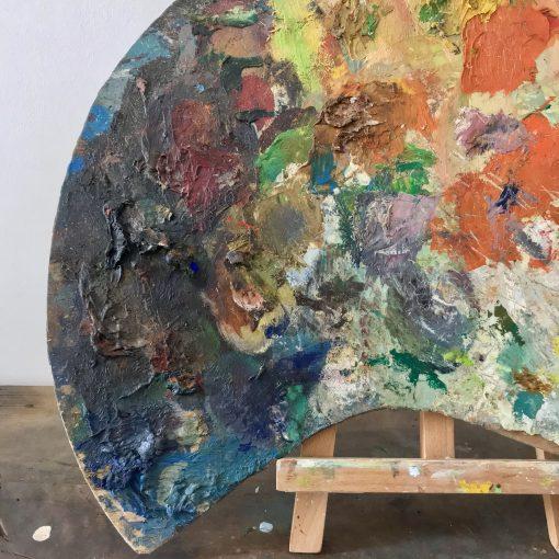 Palette de peintre usagée