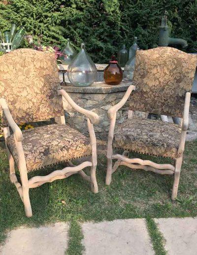 Décapage d'anciens fauteuils - après