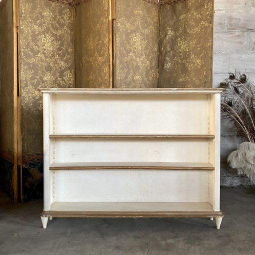 Bibus en bois peint