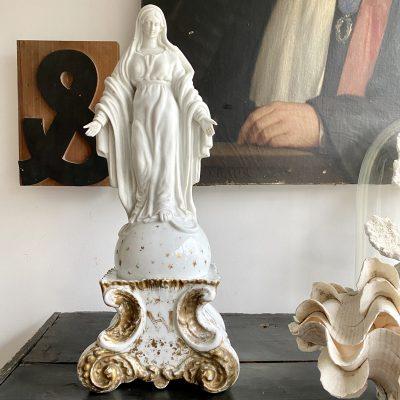 Vierge en biscuit et porcelaine