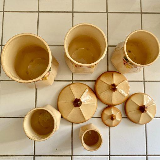 Pots à épices barbotine